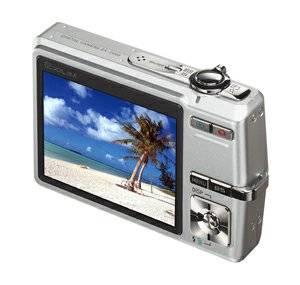 Фотокамера Casio EX-Z600 с большим дисплеем