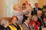 В ЦСО поздравили ветеранов-учителей