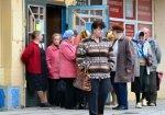 В Каменске-Шахтинском переписывают детей войны, заставляя пожилых людей стоять в очередях
