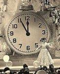 Новогодняя песня: Песенка про пять минут