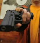 В Ростовской маршрутке пьяный мужчина открыл стрельбу из травматического оружия