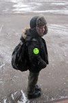 Светоотражающие наклейки – фликеры продолжают раздавать в белокалитвинских школах