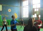 Волейбольные соревнования смешанных команд в школе № 1