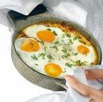 Рецепт: Запеченные яйца в восточном стиле