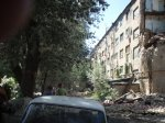 В Новочеркасске, спасатели обследывают обрушенное общежитие