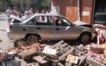 В Ростове автомобилистка со стажем вождения 6 месяцев, сбила торговую палатку и трех женщин