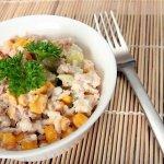 Рецепт: Салат из тунца с кукурузой