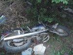 Трое на одном мотоцикле: двое тяжело травмированы, один скончался