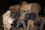 Сотрудники УФСБ по Краснодарскому краю обезвредили преступников похищавшую нефть из нефтепроводов