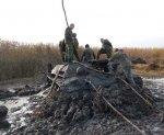 Под Волгоградом московские археологи вытащили со дна реки танк Т-34