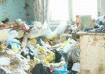 Из квартиры жительницы Волгограда по решению суда вывезли 7 грузовых машин мусора