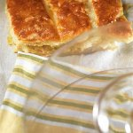 Рецепт: пирог из порея и сыра грюйер