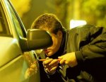 Житель Волгограда угнал свой автомобиль чтобы неотдавать долги