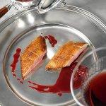 Рецепт: утиные грудки с вишневым соусом