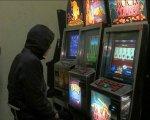 В Волгограде неизвестные разгромили подпольный игровой зал