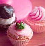 Рецепт: пирожные в розовой глазури