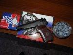 В Калачевском районе Волгорада пенсионер угрожал пистолетом 11-летнему мальчику