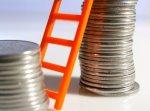 Около 8 млрд рублей выделят на повышение зарплаты учителям