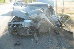 На трассе Ростов–Новошахтинск автомобиль врезался в грузовик, пострадала 8-ми летняя девочка, ее мама погибла