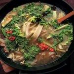 Рецепт: суп с рисовой лапшой и бараниной