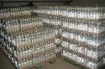 В Аксайском районе задержали фуры с 40 тоннами нелегальной водки