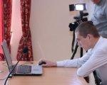Шахматист Анатолий Карпов наградил осужденного из азовской колонии