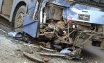 В Волгоградской области пассажирский автобус столкнулся с Ладой Приора, два человека погибли