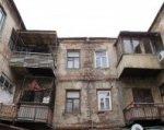 В Ростове жильцы отказываются покидать аварийный дом