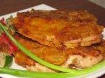 Куриное филе, запеченное в сыре и сухарях