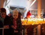 На Рождество в храмы пришли около 80 тысяч дончан