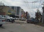 В Таганроге лоб в лоб столкнулись Lifan Solano и «ВАЗ-2115»