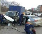 В Ростове водитель Lexus на встречке врезался в «Газель»