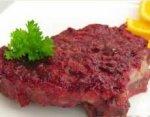 Мясо, запеченное в брусничном соусе