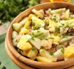 Картофельный салат со скумбрией