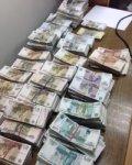 На КПП «Новошахтинск» задержан украинец с крупной суммой российских рублей
