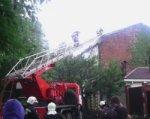 Трехэтажный жилой дом горит в центре Ростова, все жильцы эвакуированы
