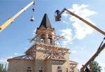 На новый храм Софии Суздальской в г. Шахты установили купол