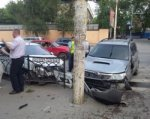 В Ростове после тройного ДТП иномарка сбила девушку-пешехода