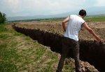Выкопали ров длиной 100 км на границе Ростовской области и Украины