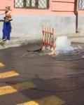 Еще один фонтан холодной воды забил из аварийной трубы в Ростове