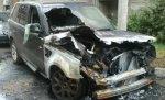 В Тракторозаводском районе Волгограда ночью неизвестные спалили Land Rover