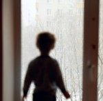 В Ростове разбился маленький мальчик, выпав из окна 9-го этажа