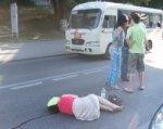 Иномарка сбила ростовчанку, переходившую проспект Стачки на красный