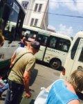 В Ростове автобус лишился лобового стекла из-за гонки маршруток