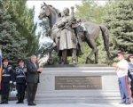 В Ростове вместо памятника Солженицыну поставили памятник Платову