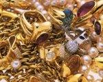 Таганрожец украл у отца драгоценности и сдал их в ломбард