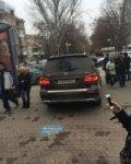 в Ростове вип-иномарка прокатилась по пешеходной Пушкинской