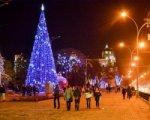 Парад Дедов Морозов откроет главную елку Ростова