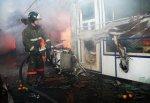 Сгорел торговый павильон на городском рынке г. Шахты