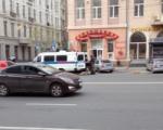 В центре Ростова оцепили магазин из-за подозрительного рюкзака